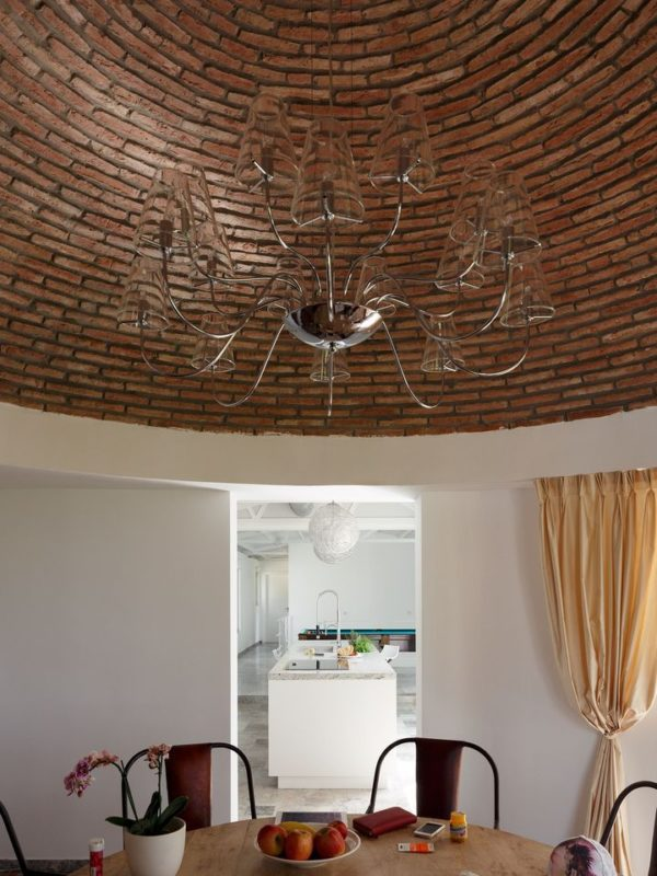 Comedor con cúpula de ladrillo perteneciente a la zona antigua